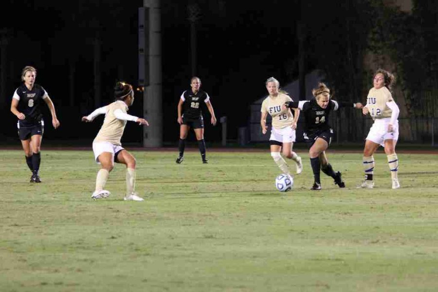 Knights advance to second round of NCAA tournament