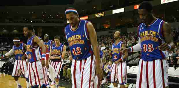 Harlem+Globetrotters+still+thrill+basketball+fans+-+young+and+old