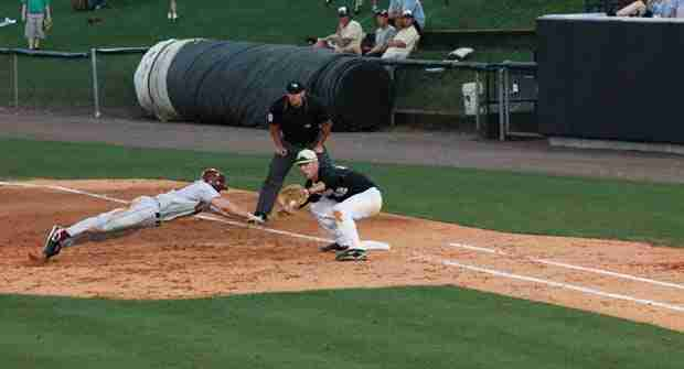 UCF+Knights+clinch+series%3B+will+look+to+sweep+series+Sunday