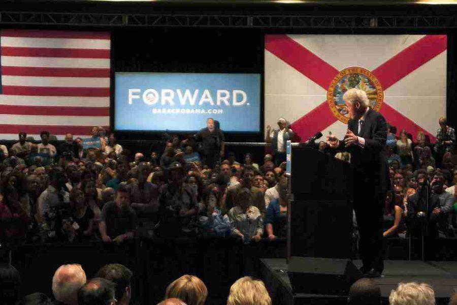 Bill Clinton makes stop in Orlando