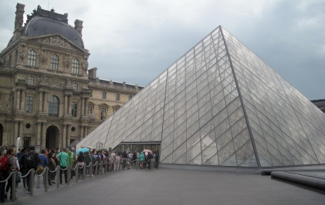 Political opportunity in Paris, application deadline approaching