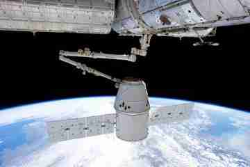 Second successful space station supply run for SpaceX Dragon