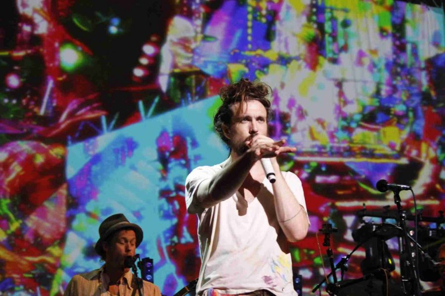 Edward Sharpe and the Magnetic Zeros in Orlando on Tuesday, Sept. 10, 2013. (Tachianna Mitchell/Valencia Voice)