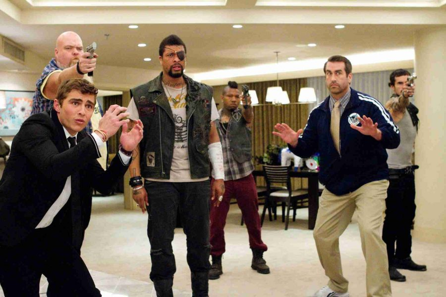 """Deray Davis (middle) plays gangster Domingo in 2012 American comedy '21 Jump Street"""""""