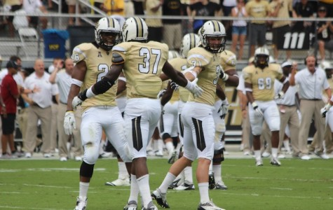 Knights blow out UConn, stay undefeated in conference