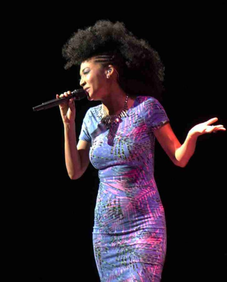 Judith+Hill+opens+for+Josh+Groban+at+Amway+Center+on+Nov.+9%2C+2013+in+Orlando%2C+Fla.+%28Ty+Wright%2F+Valencia+Voice%29
