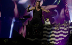 Macklemore and Ryan Lewis performs at the USF Sun Dome in Tampa, Fla., on Saturday, Nov. 23, 2013. (Ty Wright / Valencia Voice)