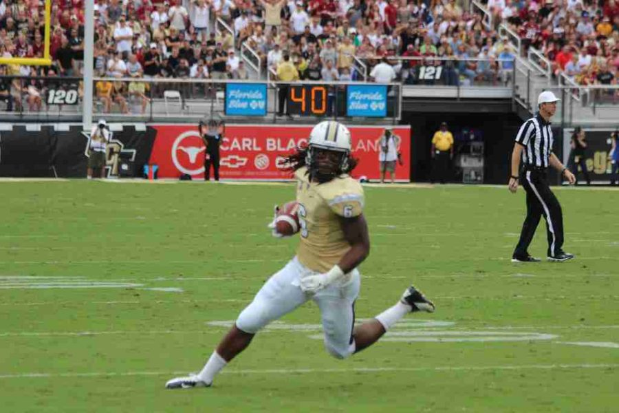 UCF earned their way into the Fiesta Bowl by winning the AAC outright with an 8-0 record in conference.