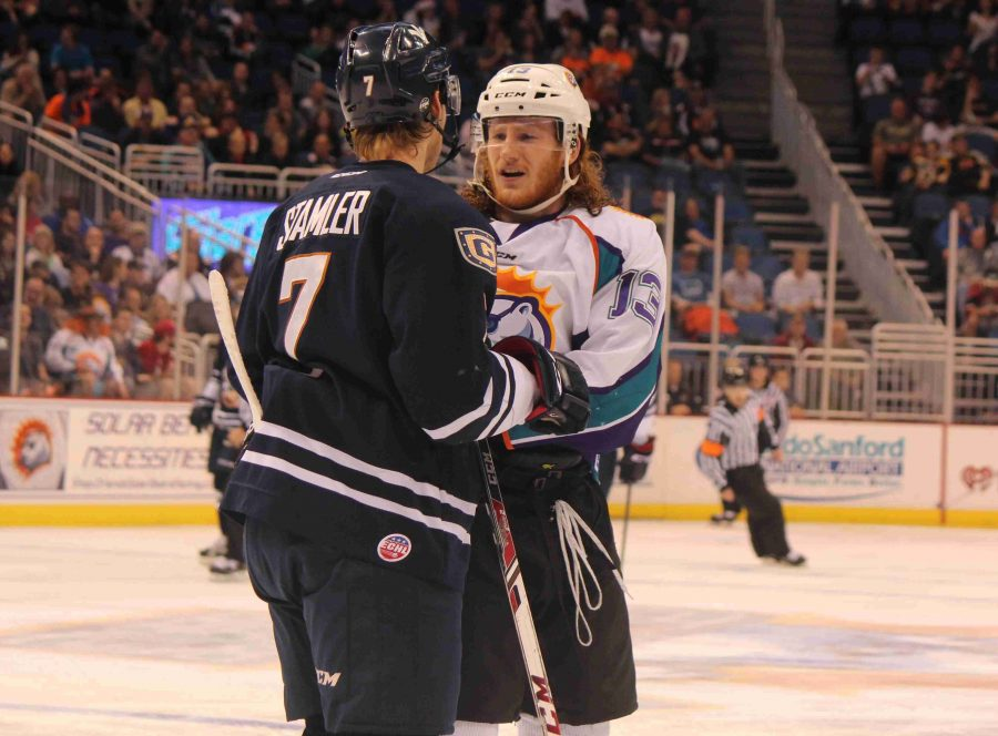 Scott Tanski scored two goals, including the game-winner during the Solar Bears 3-2 win over the Everblades on Sunday.