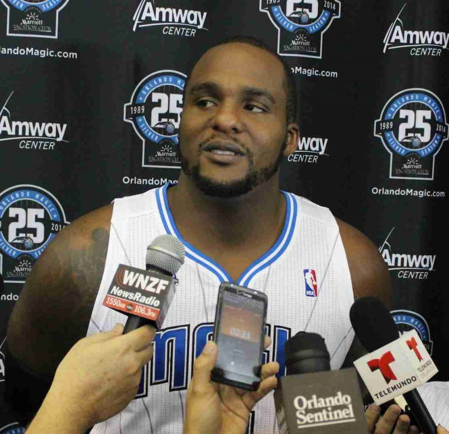 Glen+Davis+averaged+12.1+points%2C+6.3+rebounds%2C+and+1.6+assists+per+game+this+season+for+the+Magic+before+Friday%27s+buyout.