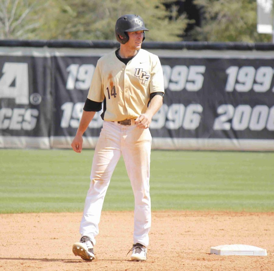 UCF falls in extra innings