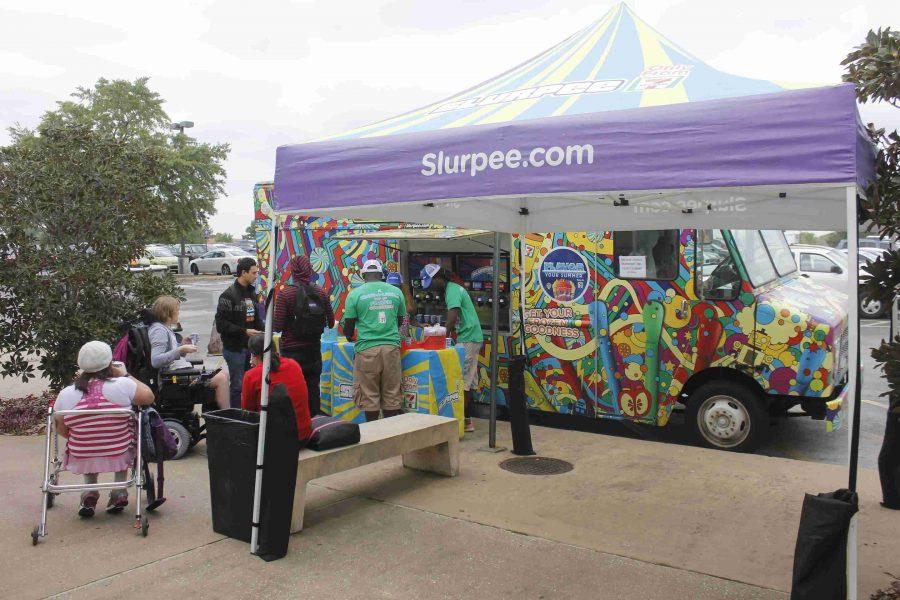 Free 7-Eleven Slurpee samples on West Campus
