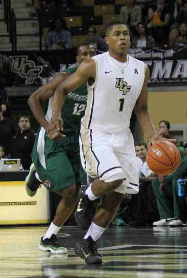 B.J.+Taylor+had+25+points%2C+seven+assists+and+six+rebounds+for+the+Knights+against+USC+Upstate.