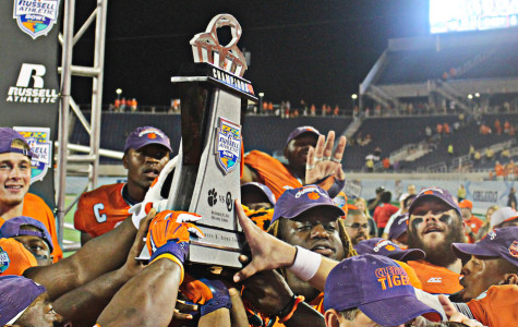 Clemson Tigers (18) defeated the Oklahoma Sooners 40-6 at the Russell Athletic Bowl, at the Florida Citrus Bowl in Orlando, Florida on Monday, Dec. 29, 2014. (Ty Wright / Valencia Voice)