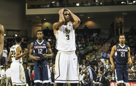 UCF Knights drop third straight, fall to UConn 67-41
