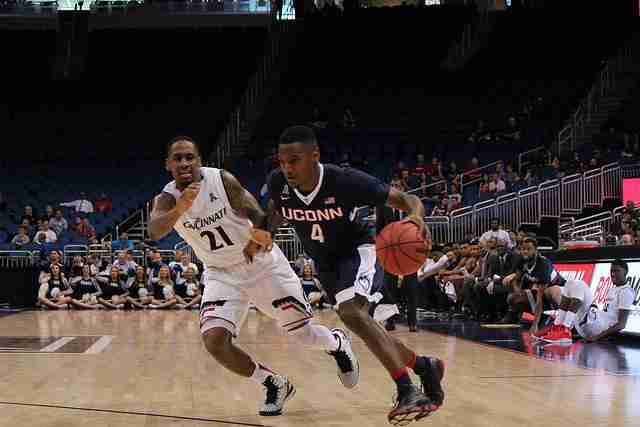 LIVE BLOG: UConn vs. Temple (American Athletic Conference Tournament semifinals)