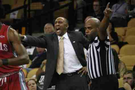 Johnny Dawkins got his first win as the head coach of the UCF Men