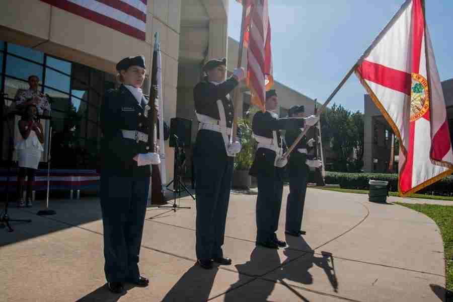 Valencia+shows+military+appreciation+for+Veterans+Day