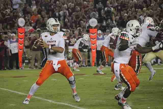 LIVE BLOG: Miami vs. West Virginia (Russell Athletic Bowl)