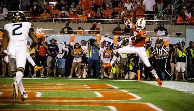 Malcolm Lewis caught one of Brad Kaaya's four touchdown passes in the 2016 Russell Athletic Bowl.