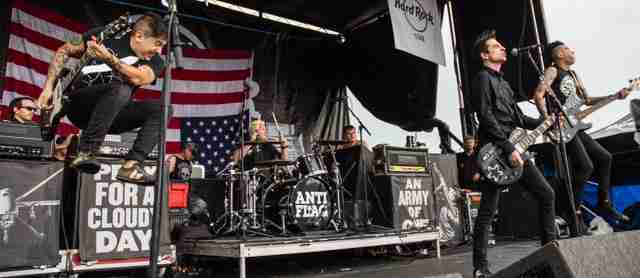 Anti-Flag+plays+at+the+Warped+Tour+in+Orlando.
