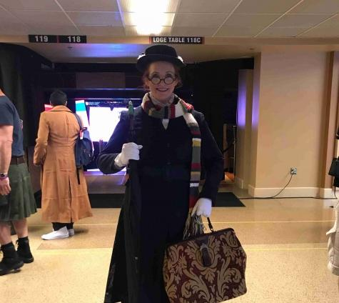 Wonder Wendy Farrell in her Mary Poppins-Dr.Who mashup.