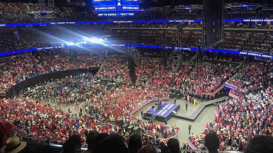 "Donald Trump Says to Orlando ""Keep America Great"""