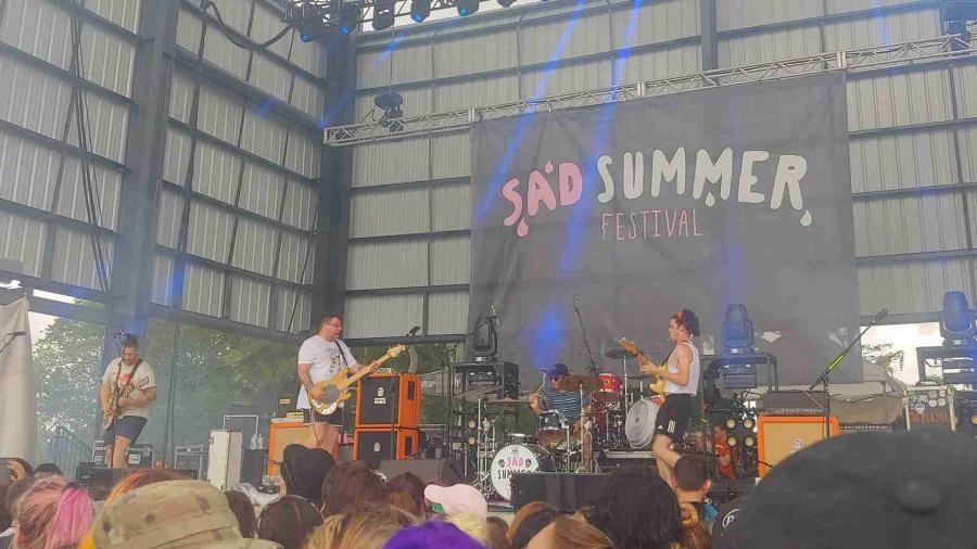 Music Festival Fashion – Sad Summer