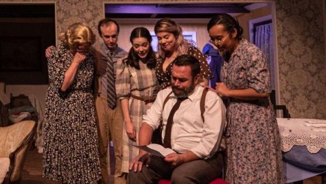 "Audiences Rejoice in Valencia Theater Production ""Brighton Beach Memoirs"""
