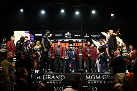 Who will cement themselves as the best heavyweight in the world tonight? Photo by Ryan Hafey/Premier Boxing Champions.