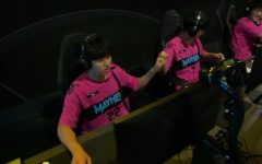 The Florida Mayhem after  their win on Horizon Lunar Colony versus the London Spitfire before the matches were moved online due to COVID-19. Photo from OWL stream.