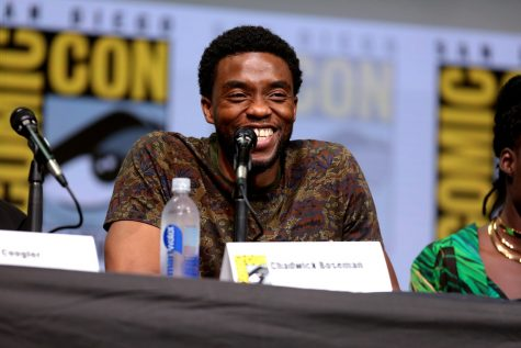 Chadwick Boseman speaking at San Diego Comic Con