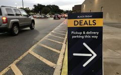 Designated signs lead to pick up deals in order to promote social distancing.