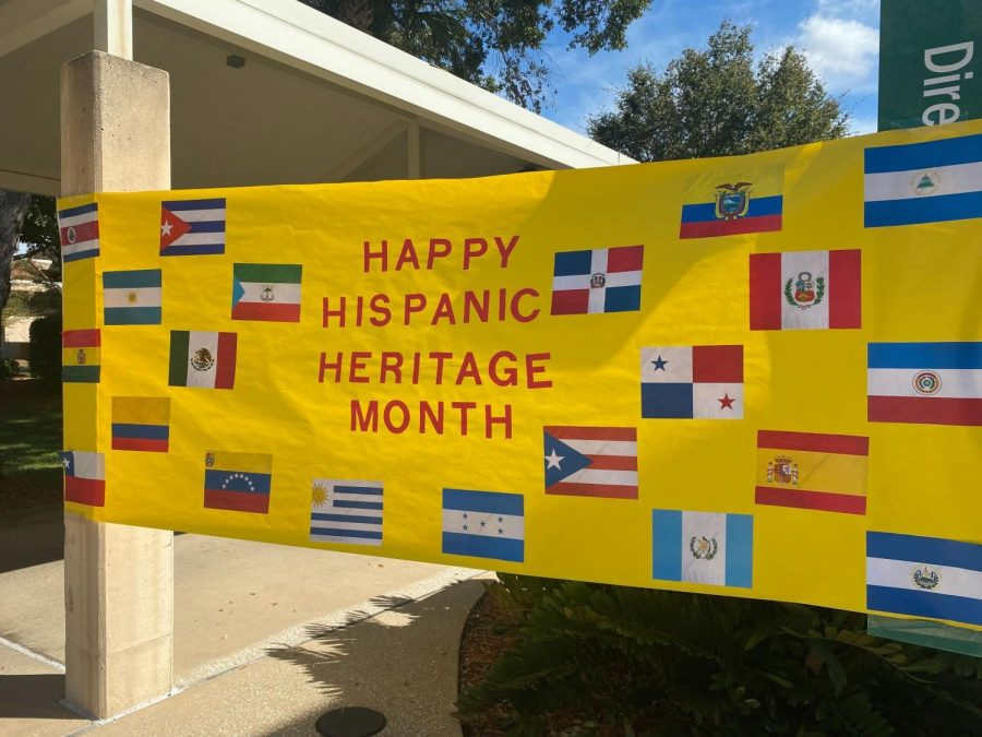 Valencia's West Campus welcomed students with a banner made by the Valencia Intercultural Student Association for the Expo Fair on Tuesday, Oct. 5,2021.